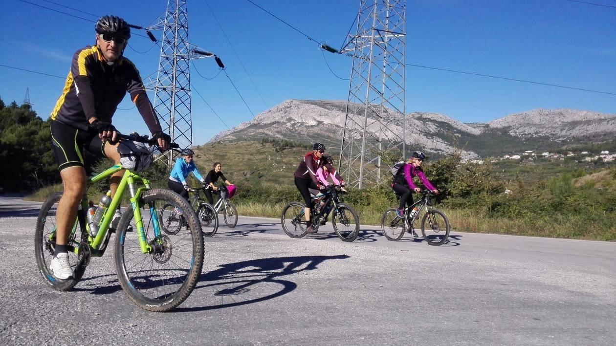 undefined - Biking trips - Excursion Split