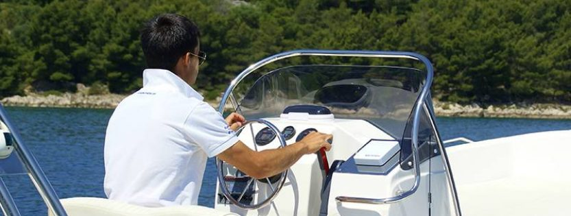 Rent a boat in Split – ZAR 53